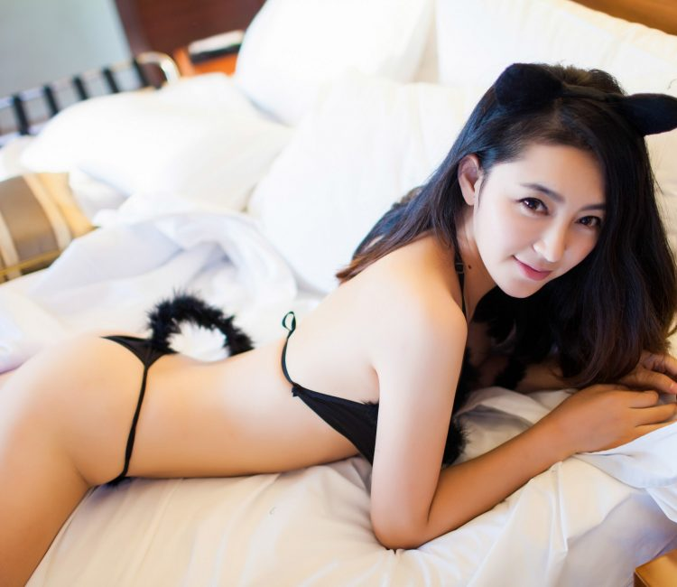 sexy asian women lingerie